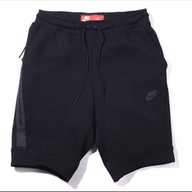 Nike Tech 黑短褲