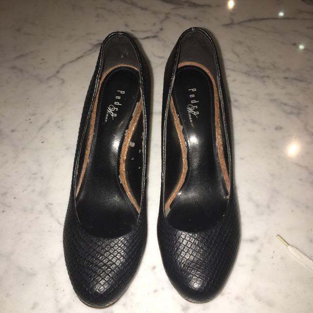 PEDRO black snakeskin heels
