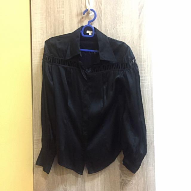 RAOUL Premium Shirt