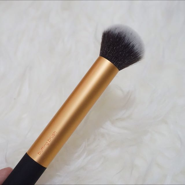 Real Technique Buffing Brush