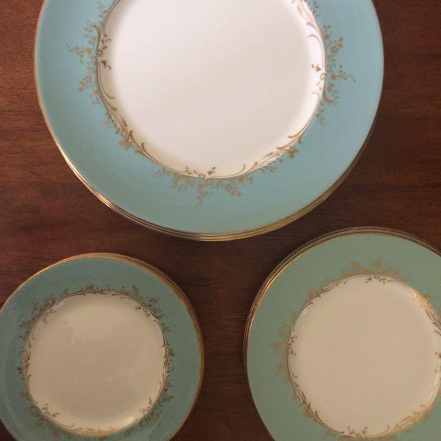 Royal Dalton Plate Set