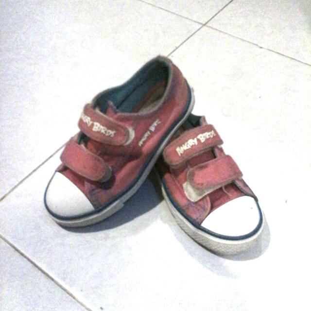 Sepatu Anak Angry Bird Size 27