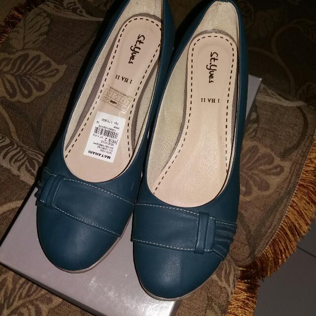 Sepatu Wedges St Yves