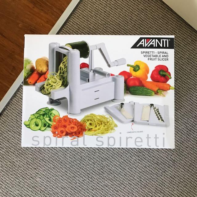 Spiral Vegetable And Fruit Slicer