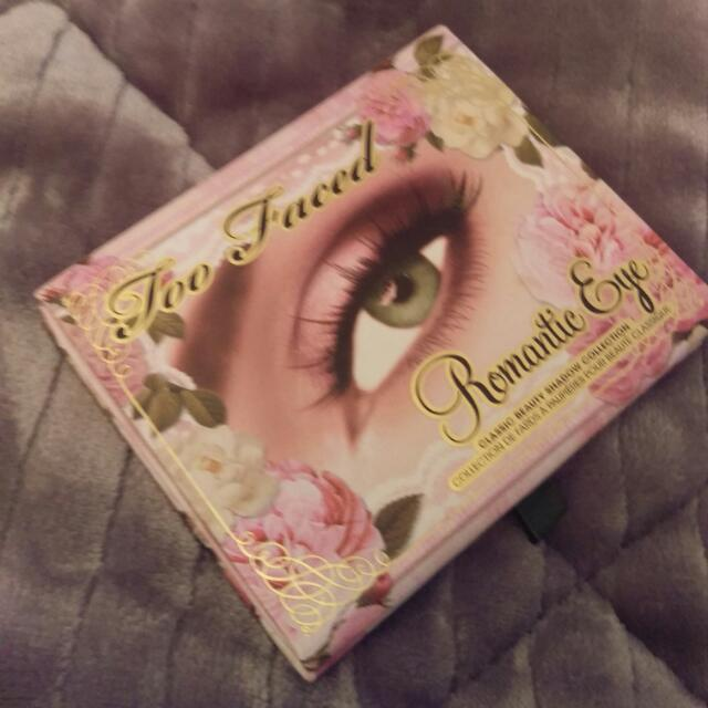 Too Faced Romantic Eye Pallet