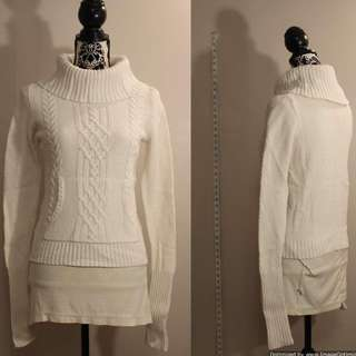 Old Navy White Knit Turtle Neck