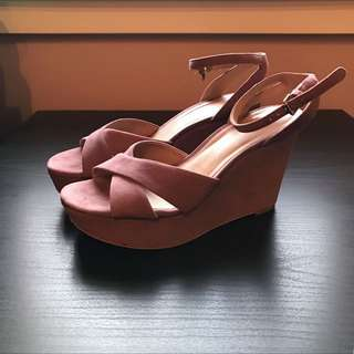 Strappy Mauve Wedges