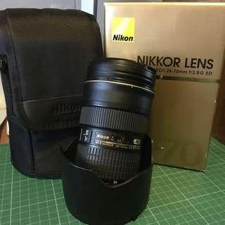 Nikon 2.8 24-70