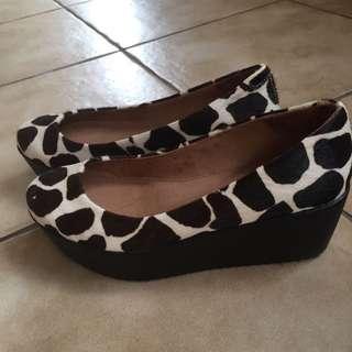 Leopard Print Shoe {wittner}Bertie