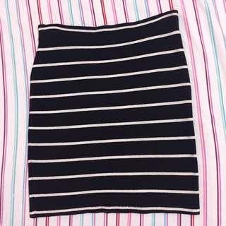 F21 Strecthable Skirt