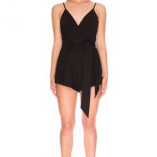 FINDERS KEEPERS Playsuit | Size Small