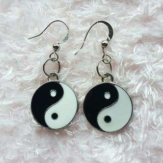 Yinyang Earring