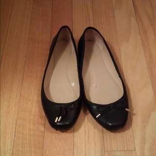 Zara Flats Size 7