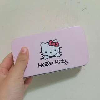 hello kitty 旅行刷具組 粉底刷 蜜粉刷