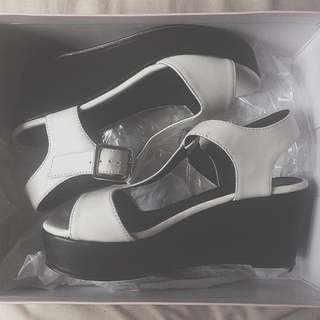 Size 6 Wedges