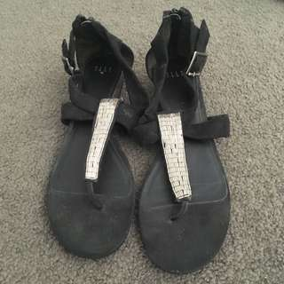 Elle Sandals Black Size 8.5