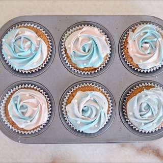 Paddle pop Pastel Roses Vanilla Cupcakes (Customisable)