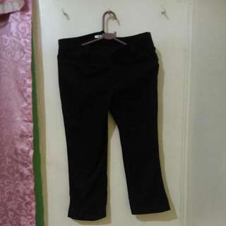 Repriced!! Comfort Basic 3/4 Pants Black