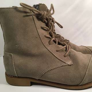 Toms Lace-up Boots