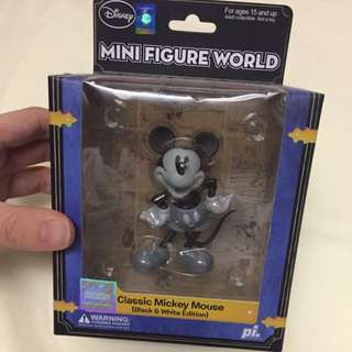 Mickey Mouse Mini Figure World Disney