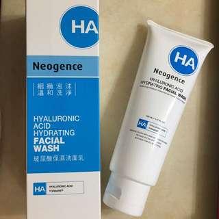 Neogence 霓淨思-玻尿酸保濕洗面乳(贈保濕化妝水)