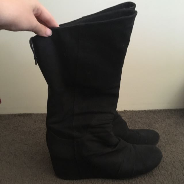 2 Styles In 1 Black Novo Boots Size 9
