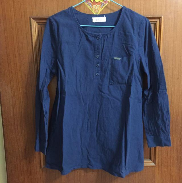 藍色簡約上衣
