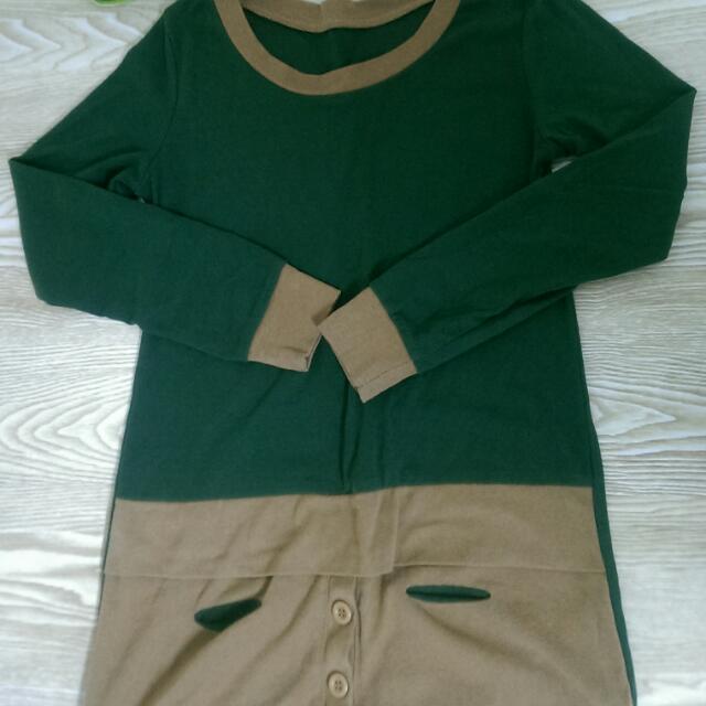 墨綠色長版上衣