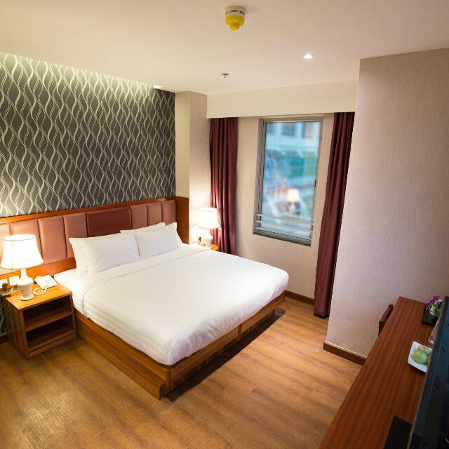 月租 - 豪華大床房  (Monthly Rate, Deluxe Double Bed Room)