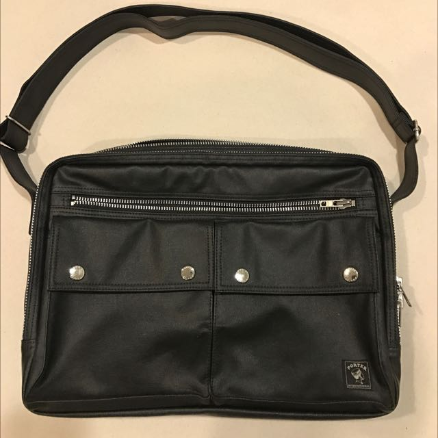 正品貨 International Porter 黑色側背包 A4文件可放 Milky