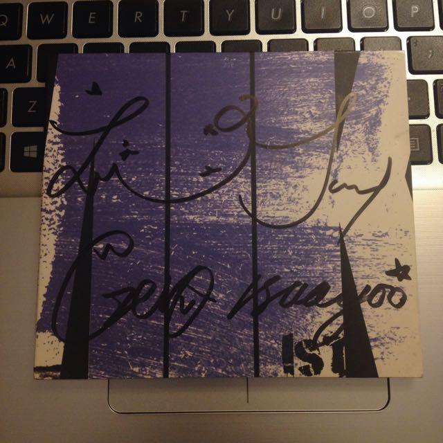 (Autographed) MIK Album