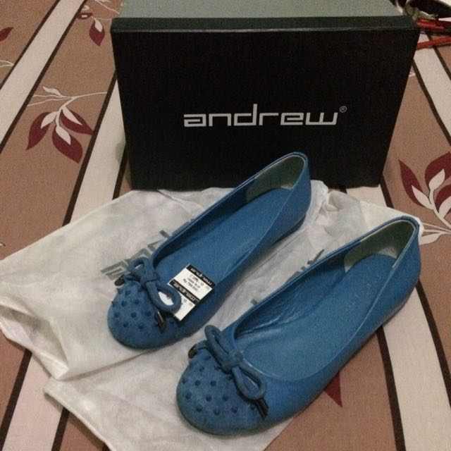 cassie blue shoes merk Andrew