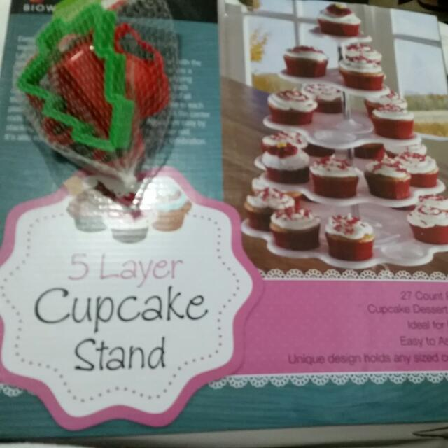 Cupcake Stand Plus FREE COOKIE CUTTER