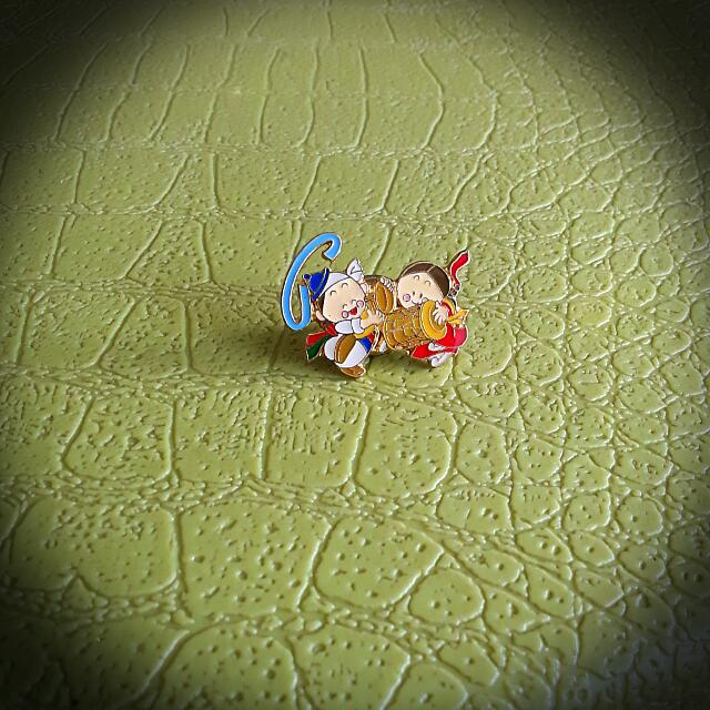 🎎Cute Korean Couple Pin Broach👫