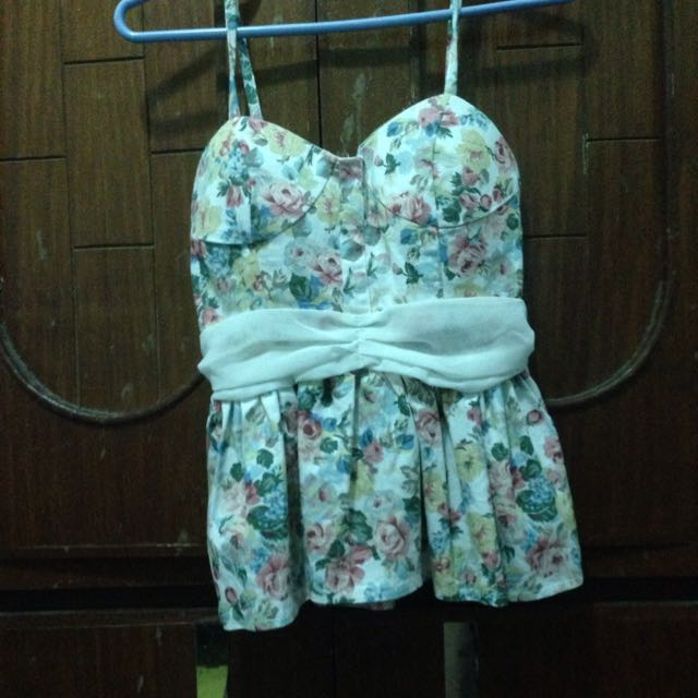 Floral blouse (white)