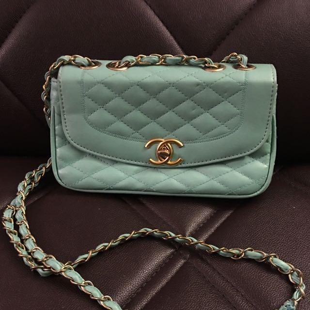 Green Cute Replica Chanel Clutch