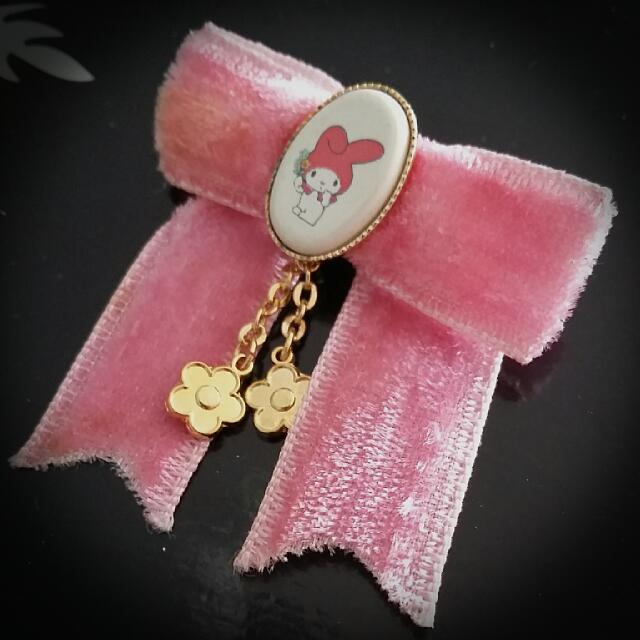 💓My Melody Suede Ribbon Broach🐰