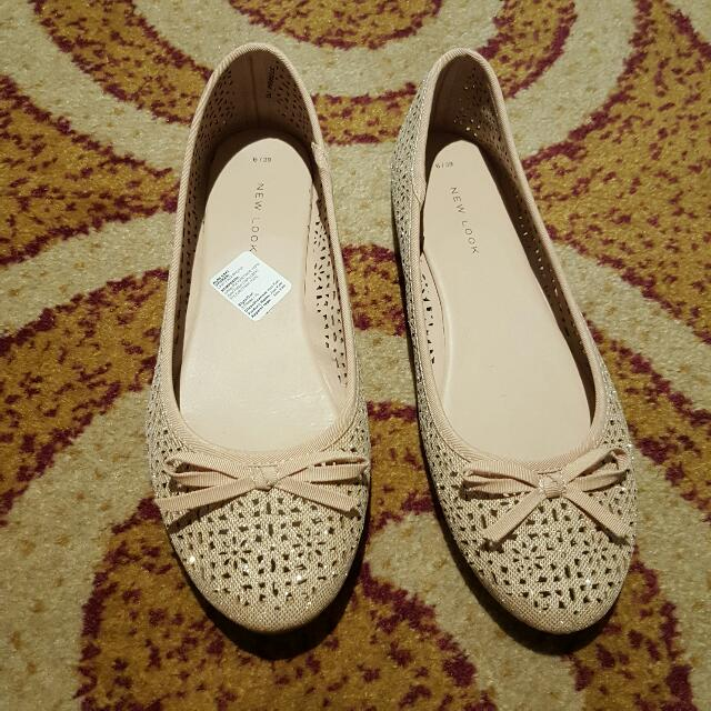 New Look Pink Nude Flatshoes