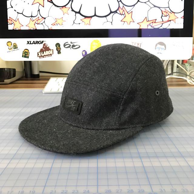 NIKE SB 黑色五片帽