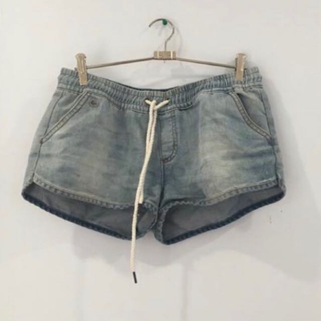 Shorts Wanted In 10/medium