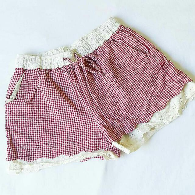 Shorts With Checkers Pattern