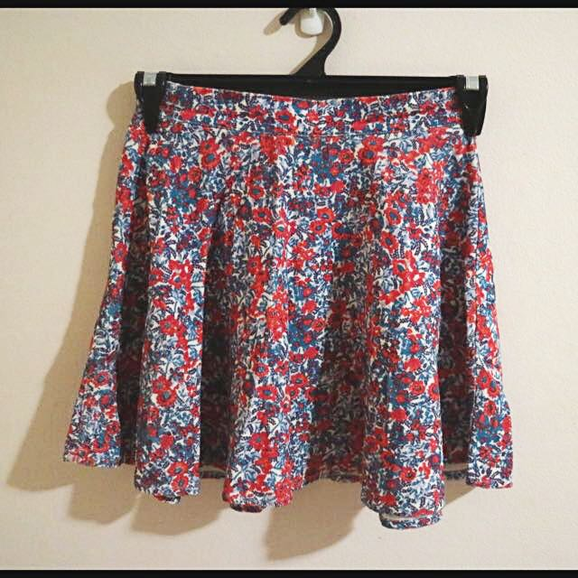 Super Cute Floral Skirt