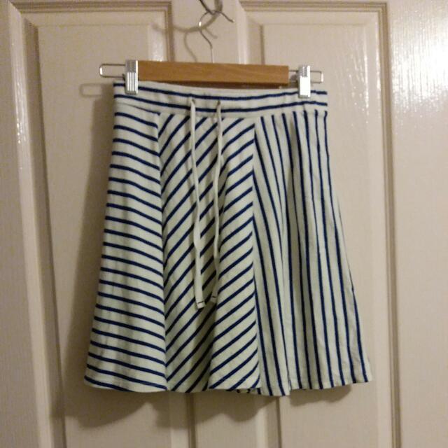 Uniqlo Blue and White Striped Skirt