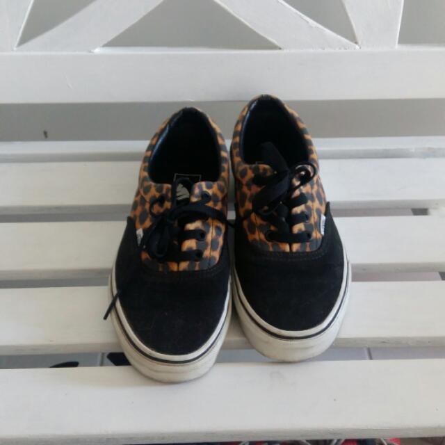 Vans Sneakers Size Womens US7.5 / Men's US6