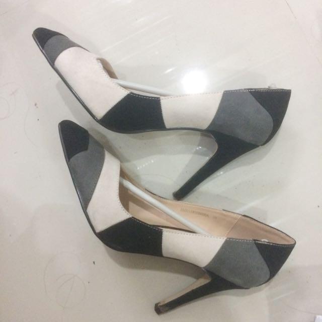 Zalora Black Heels Pumps