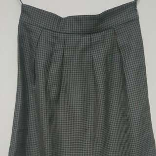 Classy Olive Green Houndstooth Skirt