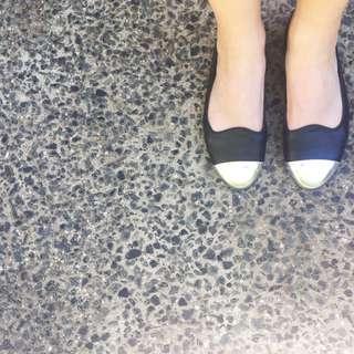 Silver Toe Tip Ballerina Flats Size 37