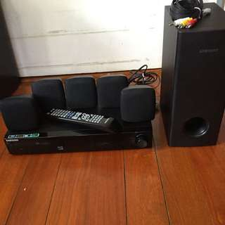 Samsung DVD Player & Sound System