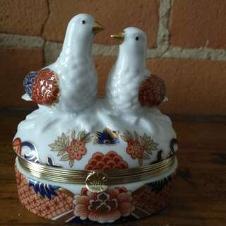 Vintage Turtle Dove Trinket Box