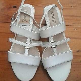 Diana Ferrari Super soft Sandals